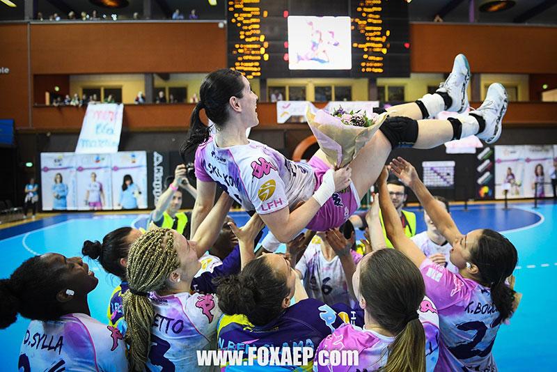 Coaching de groupe, équipe féminine de basket